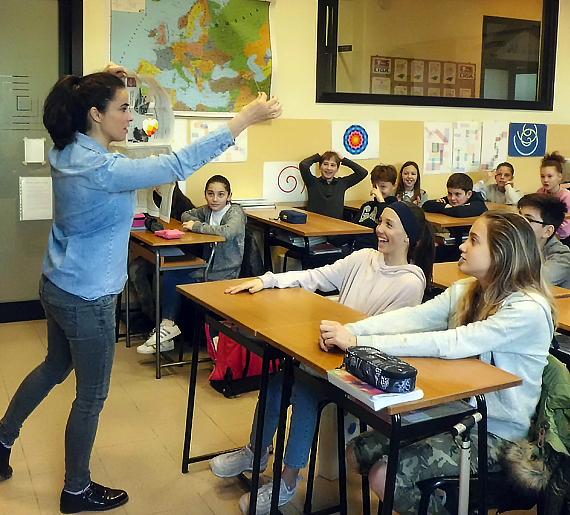 Spettacolo e laboratorio di magia della Maga Inés, Scuola Secondaria di Primo Grado - Salesiani Milano