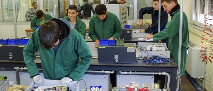 Istruzione e Formazione Professionale settore Elettrico - Scuola don Bosco dei Salesiani Milano - CNOS FAP