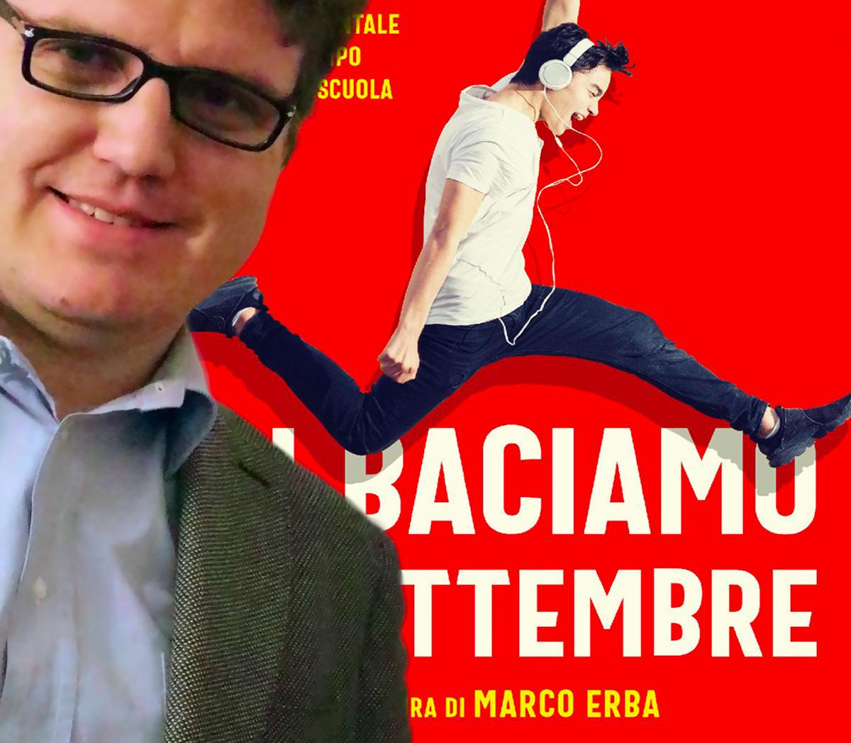 Marco Erba, da più di dieci anni insegna letteratura italiana e latina al liceo.